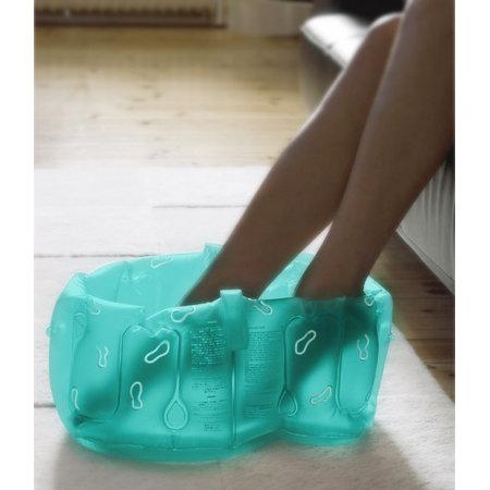 Uppblåsbart fotbad med handtag - Grönt - Tvålshoppen.se